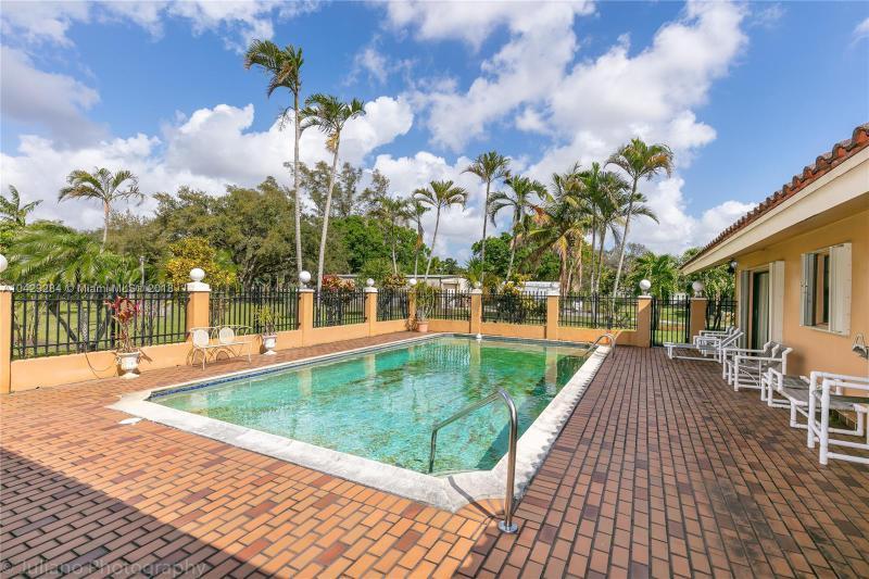 Imagen 35 de Single Family Florida>Davie>Broward      - Sale:795.000 US Dollar - codigo: A10429284