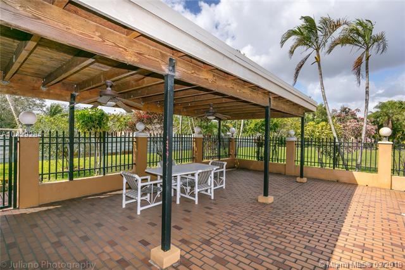 Imagen 36 de Single Family Florida>Davie>Broward      - Sale:795.000 US Dollar - codigo: A10429284