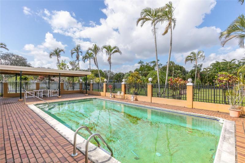 Imagen 37 de Single Family Florida>Davie>Broward      - Sale:795.000 US Dollar - codigo: A10429284