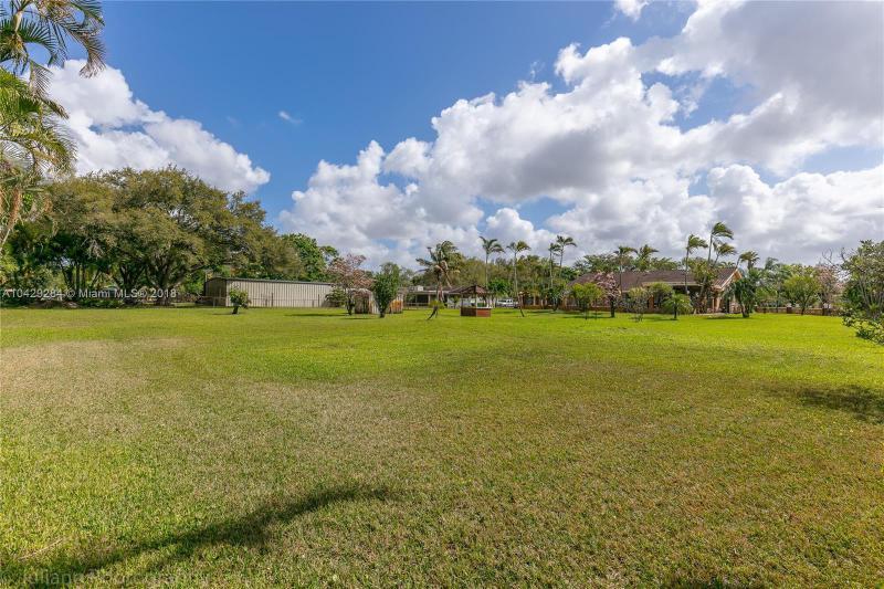 Imagen 38 de Single Family Florida>Davie>Broward      - Sale:795.000 US Dollar - codigo: A10429284