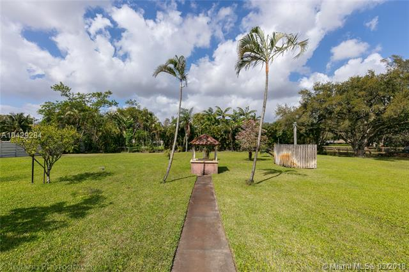 Imagen 41 de Single Family Florida>Davie>Broward      - Sale:795.000 US Dollar - codigo: A10429284