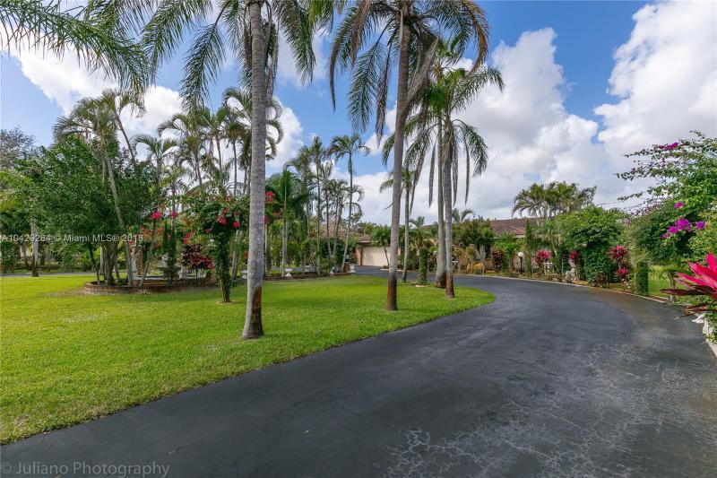 Imagen 43 de Single Family Florida>Davie>Broward      - Sale:795.000 US Dollar - codigo: A10429284
