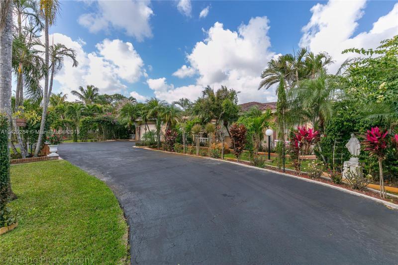 Imagen 44 de Single Family Florida>Davie>Broward      - Sale:795.000 US Dollar - codigo: A10429284