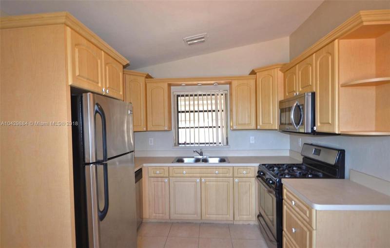 Imagen 2 de Residential Rental Florida>Miami>Miami-Dade   - Rent:2.400 US Dollar - codigo: A10429884