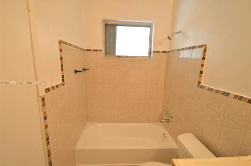 Imagen 4 de Residential Rental Florida>Miami>Miami-Dade   - Rent:2.400 US Dollar - codigo: A10429884