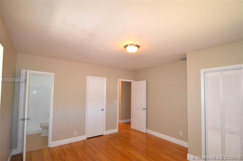 Imagen 5 de Residential Rental Florida>Miami>Miami-Dade   - Rent:2.400 US Dollar - codigo: A10429884