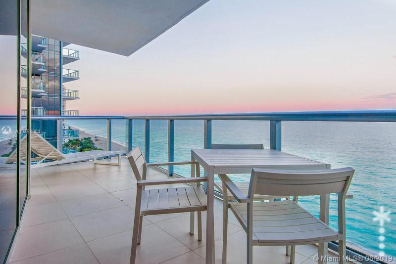 17001 Collins Ave 1408, Sunny Isles Beach, FL, 33160