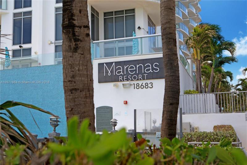 Marenas Beach Residence C