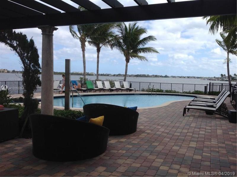 2674 N Federal Hwy  Unit 24 Boynton Beach, FL 33435-2429 MLS#A10595184 Image 10