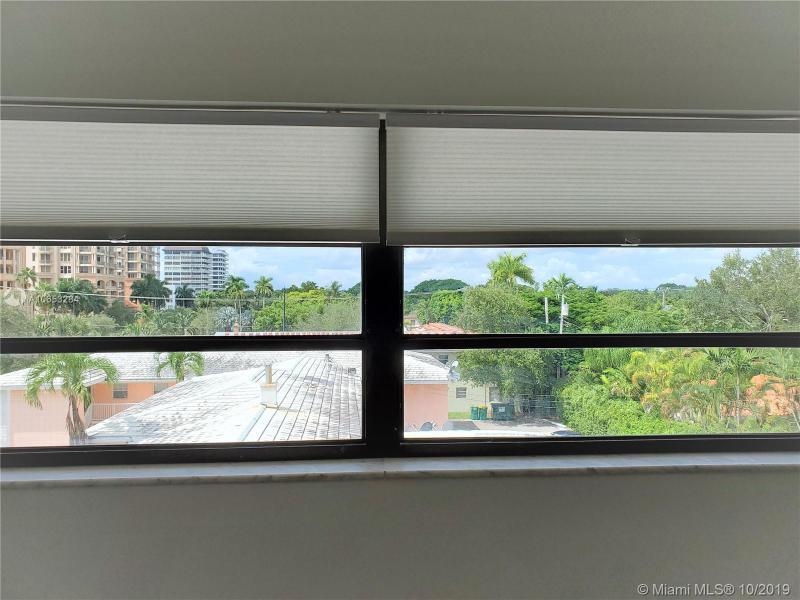 525 Coral Way 403, Coral Gables, FL, 33134