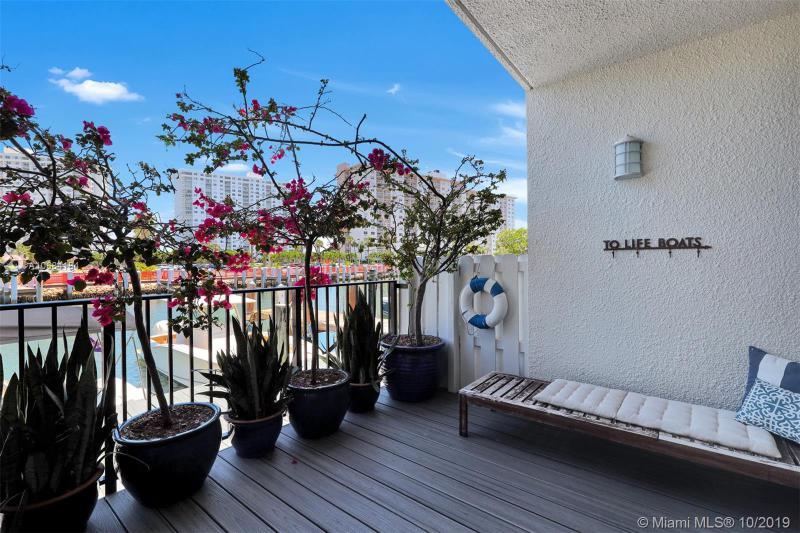 332 Poinciana Island Dr, Sunny Isles Beach, FL, 33160