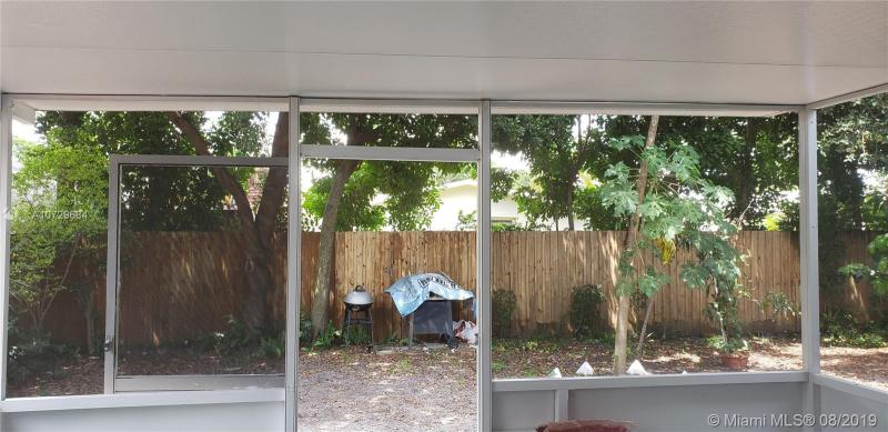 7021 SW 11th St, Pembroke Pines, FL, 33023