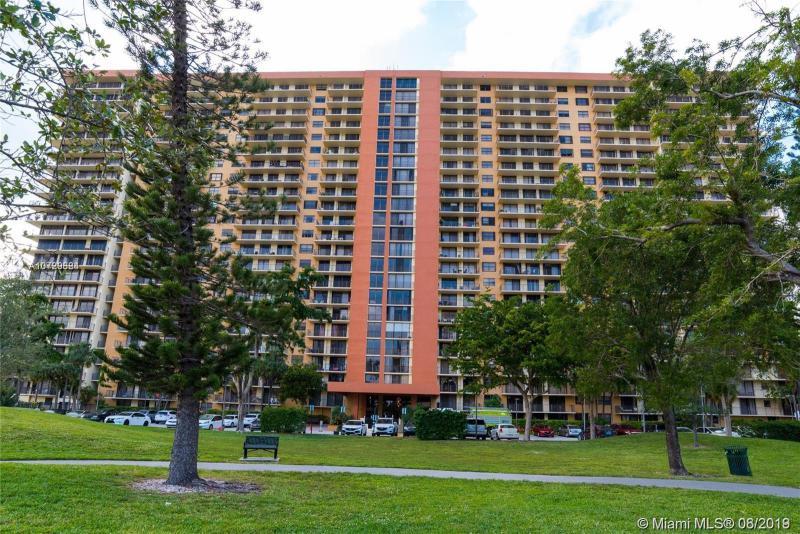 290 174th St 1112, Sunny Isles Beach, FL, 33160