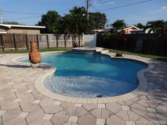8550 NW 11th CT, Pembroke Pines, FL, 33024