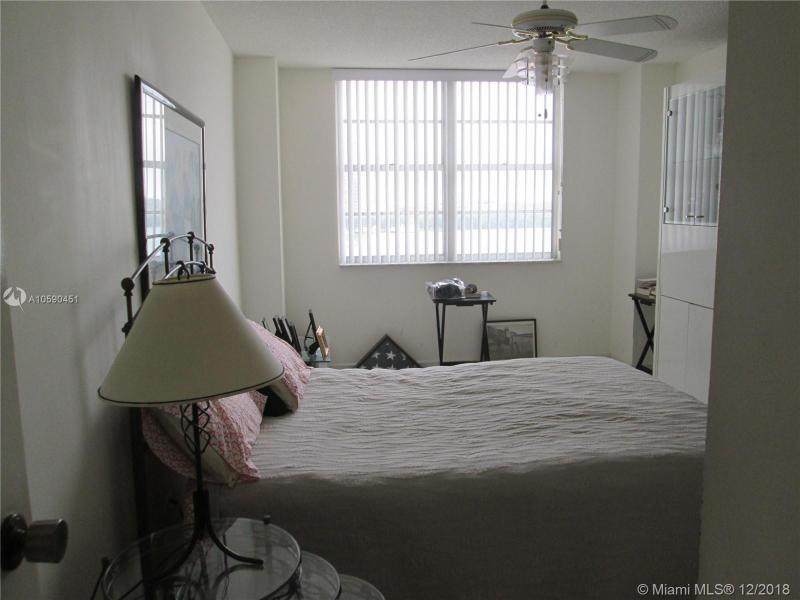 250 174th St 603, Sunny Isles Beach, FL, 33160