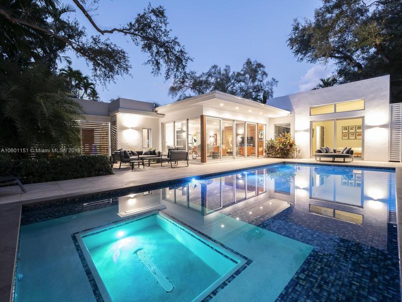 1666  Tigertail Ave,  Miami, FL