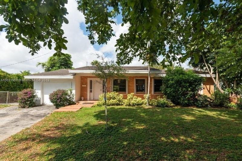 18315 SW 94th Ave , Palmetto Bay, FL 33157-5652