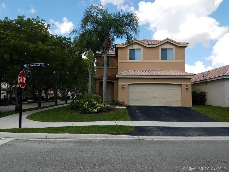 4404  Beechwood Cir,  Weston, FL