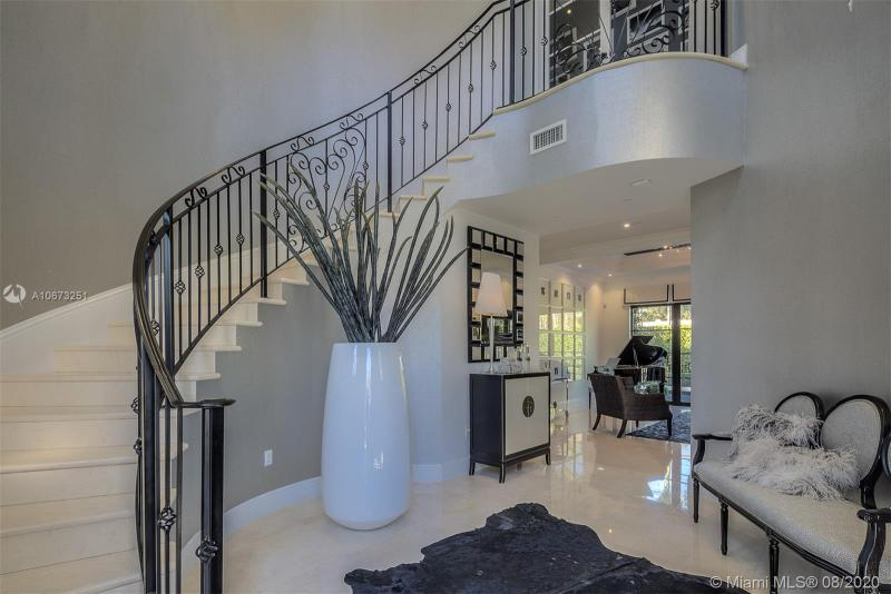 5820 Augusto St, Coral Gables, FL, 33146