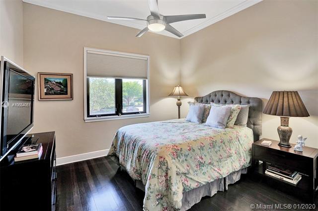 301 Santander Av, Coral Gables, FL, 33134