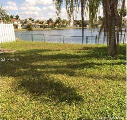 1975 NW 193rd Ave, Pembroke Pines, FL, 33029