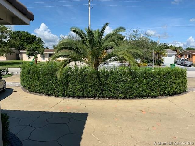 17841 NW 82nd Ave, Hialeah, FL, 33015