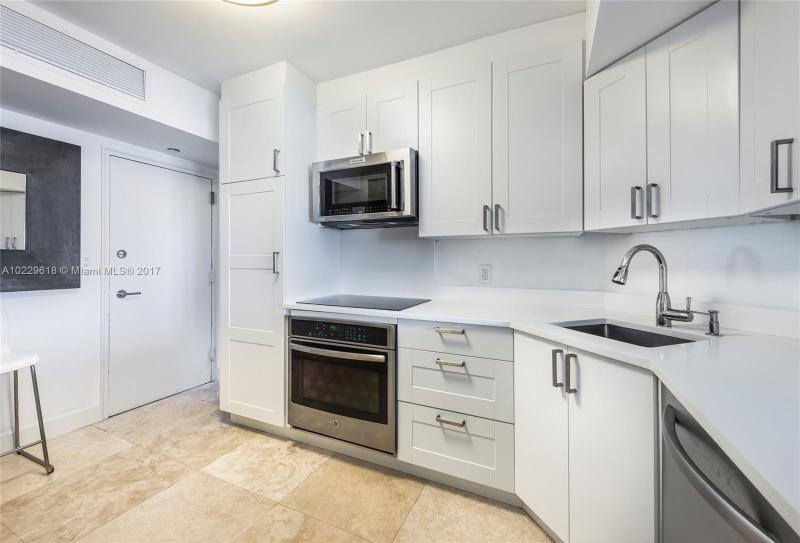 For Sale at  200   Ocean Lane Dr #1007 Key Biscayne  FL 33149 - Island House - 2 bedroom 2 bath A10229618_9