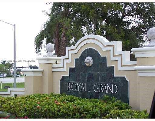 9235  Lagoon Pl  Unit 407, Davie, FL 33324-6729
