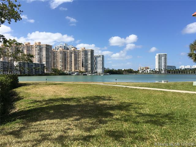 2999 Point East Dr, Aventura FL 33160-2696