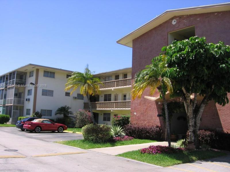 13215 NE 6th Ave  Unit 202, North Miami, FL 33161-4075