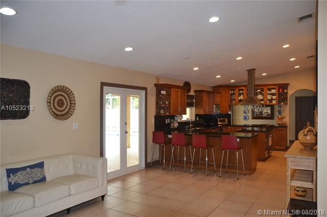13350 SW 82nd Ave  Pinecrest, FL 33156-6600 MLS#A10523218 Image 7