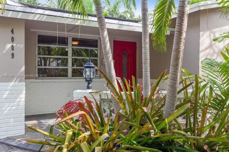 4227  Tyler Street , Hollywood, FL 33021-