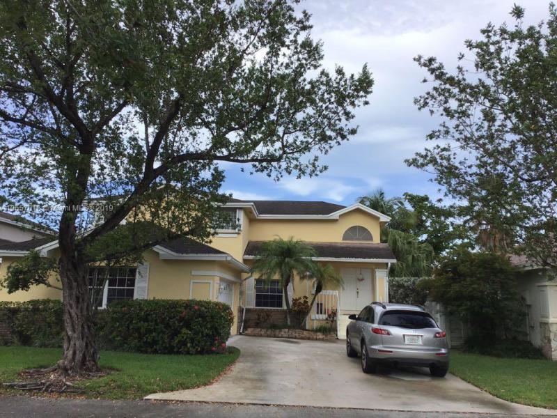 13772 SW 149th Circle Ln , Miami, FL 33186-5765