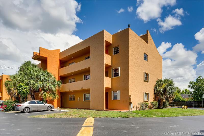 1891 N Lauderdale Ave 312, North Lauderdale, FL, 33068