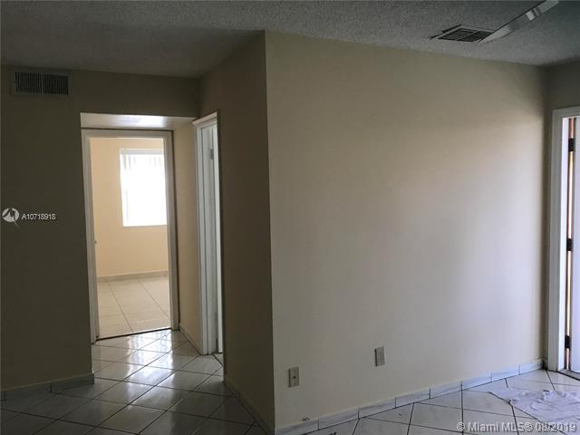 6660 W 26th Ct 23-17, Hialeah, FL, 33016