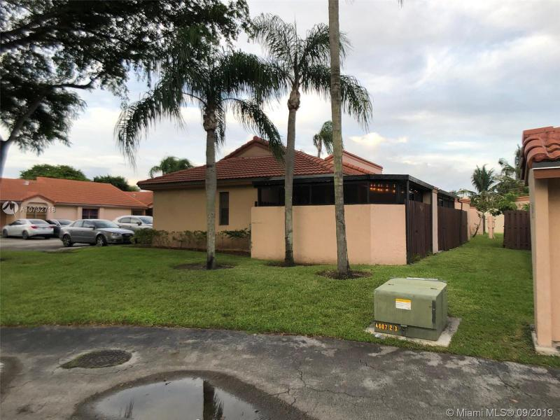 17249 NW 60 th ct, Hialeah, FL, 33015