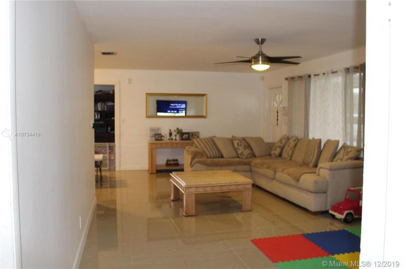 6294 NW 17th St, Margate, FL, 33063