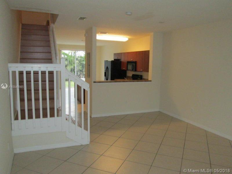 Riviera Beach Condo/Villa/Co-op/Town Home A10049985