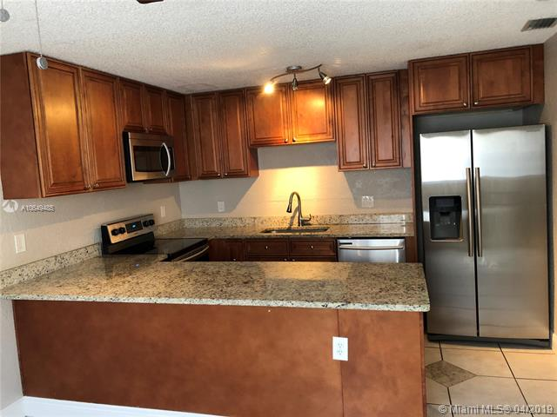 249  San Remo Blvd  Unit 249, North Lauderdale, FL 33068-3925