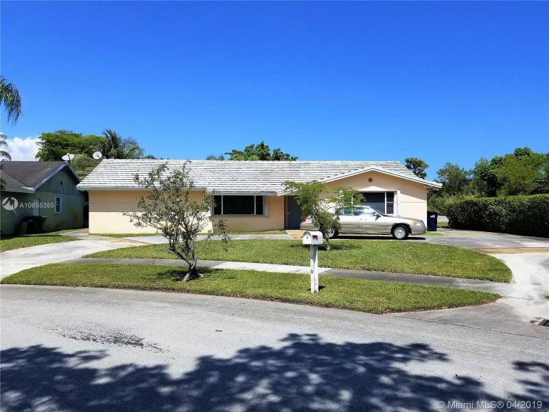 11201 SW 115th Ln,  Miami, FL