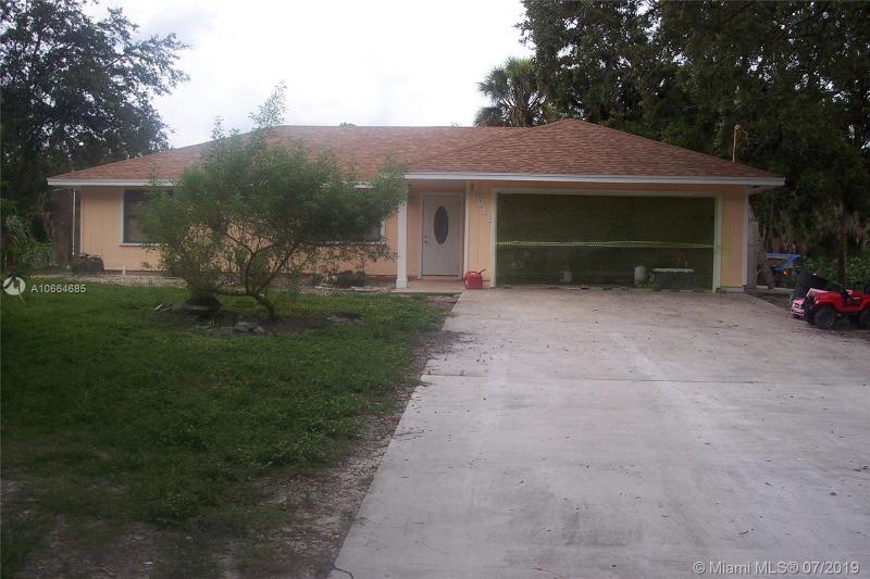 16435 Calder Drive, Loxahatchee FL 33470-