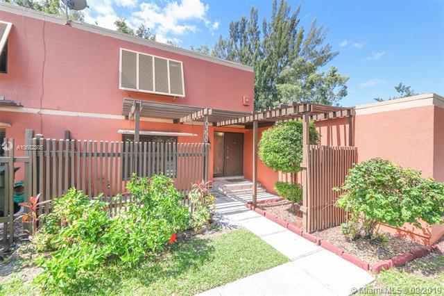 10390 Fairway Rd, Pembroke Pines, FL, 33026