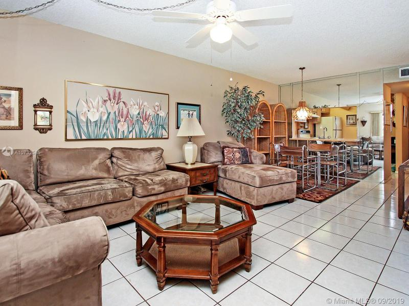 10509 NW 11th St 105, Pembroke Pines, FL, 33026