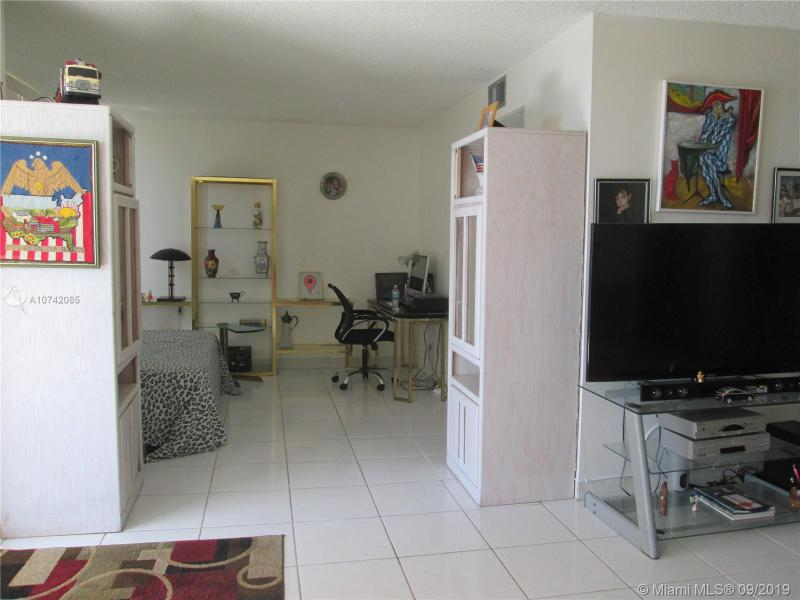 301 174th St 1210, Sunny Isles Beach, FL, 33160