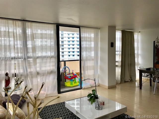 Residential Rental En Rent En Miami-Dade  , Miami, Usa, US RAH: A10429752