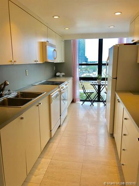 Imagen 11 de Residential Rental Florida>Miami>Miami-Dade   - Rent:2.400 US Dollar - codigo: A10429752