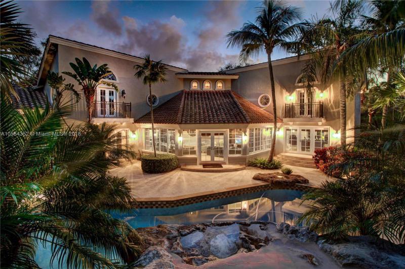 6061 SW 102 St, Coral Gables, Florida
