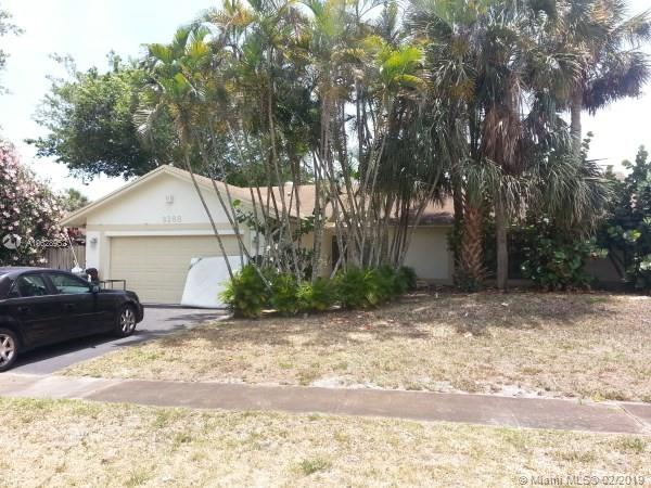 9275 Edgemont Lane, Boca Raton FL 33434-