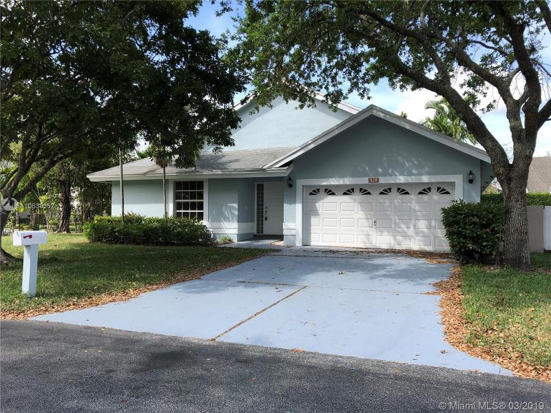 2101 184th Ter, Pembroke Pines FL 33029-3816