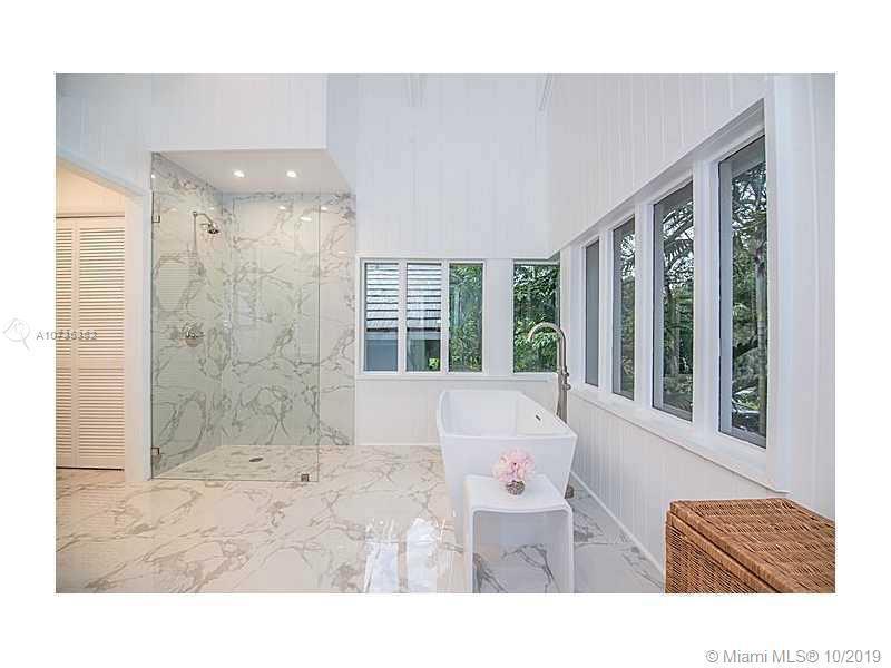 5600 Oakwood Lane, Coral Gables, FL, 33156